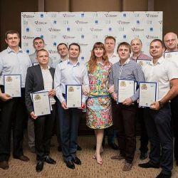 Количество выпускников ОУ Великобритании – МИМ ЛИНК в Харькове увеличилось на 40 человек!